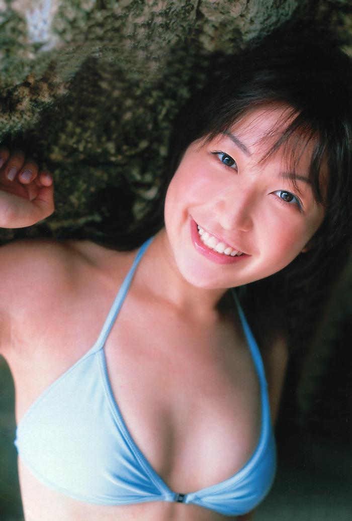 小野真弓さんのビキニ